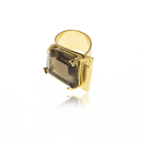 Releve Signature Gold Square Ring
