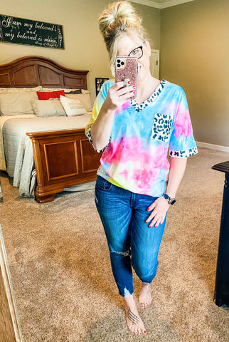 Tie Dye Leopard V-neck Pocket Top