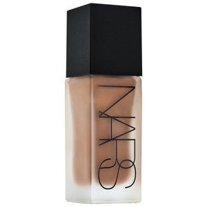 NARS All Day Luminous Weightless Foundation Shade D1