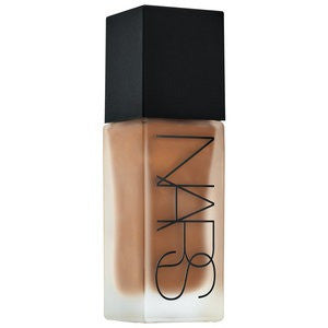 NARS All Day Luminous Weightless Foundation Shade D3