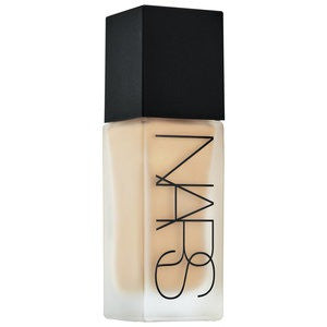 NARS All Day Luminous Weightless Foundation Shade L5