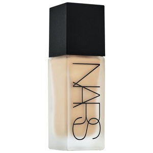 NARS All Day Luminous Weightless Foundation Shade L6
