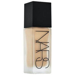 NARS All Day Luminous Weightless Foundation Shade M3