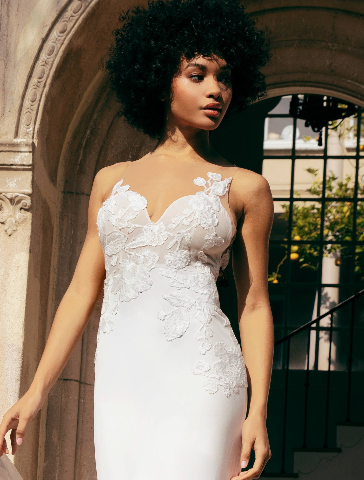 Wedding Dresses Luxury Wedding Gowns At Impossible Prices Floravere