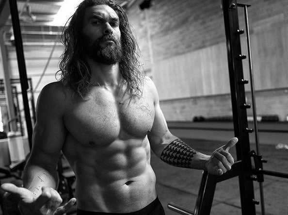 1475500106-jason-momoa-working-out_grand