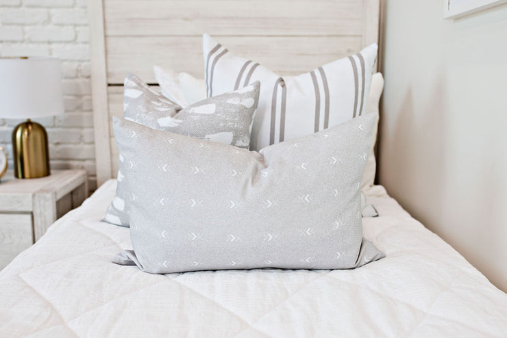 Double-Crossed Lumbar Pillow Cover