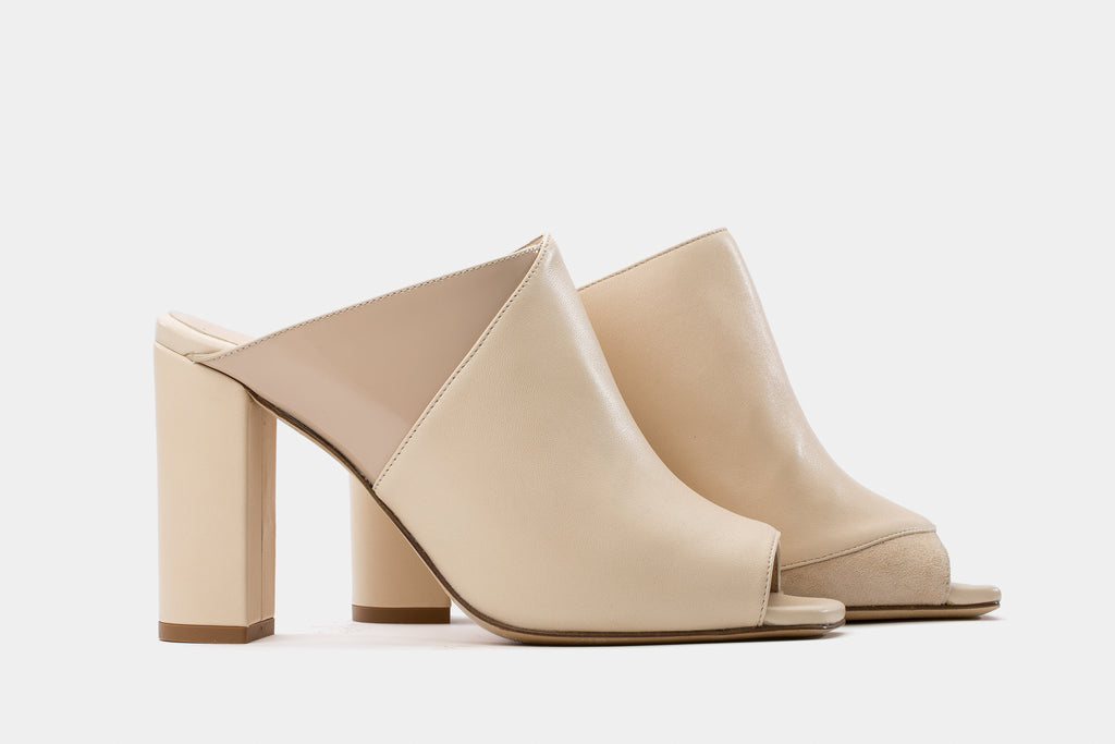 BEIGE NAPPA + PATENT LEATHER ADELE MULE