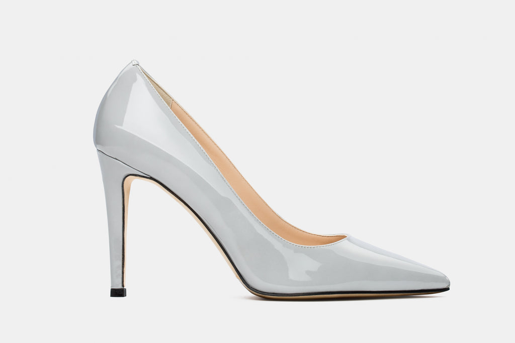 ICE-GREY PATENT LEATHER ALICIA PUMP