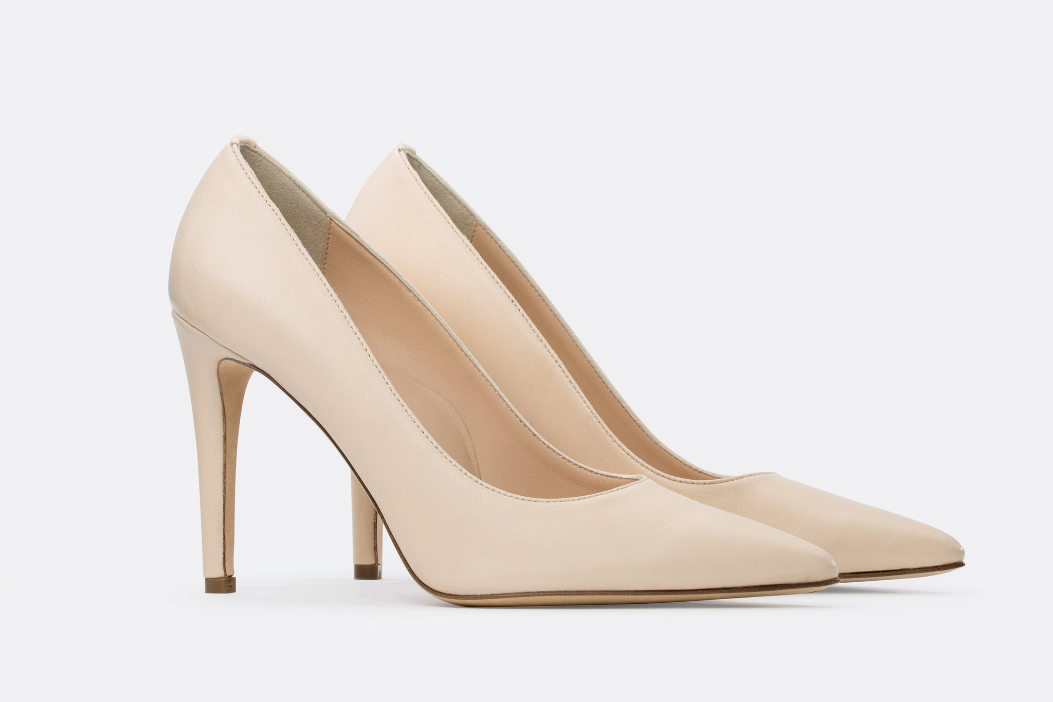 LIGHT BEIGE NAPPA LEATHER ALICIA PUMP