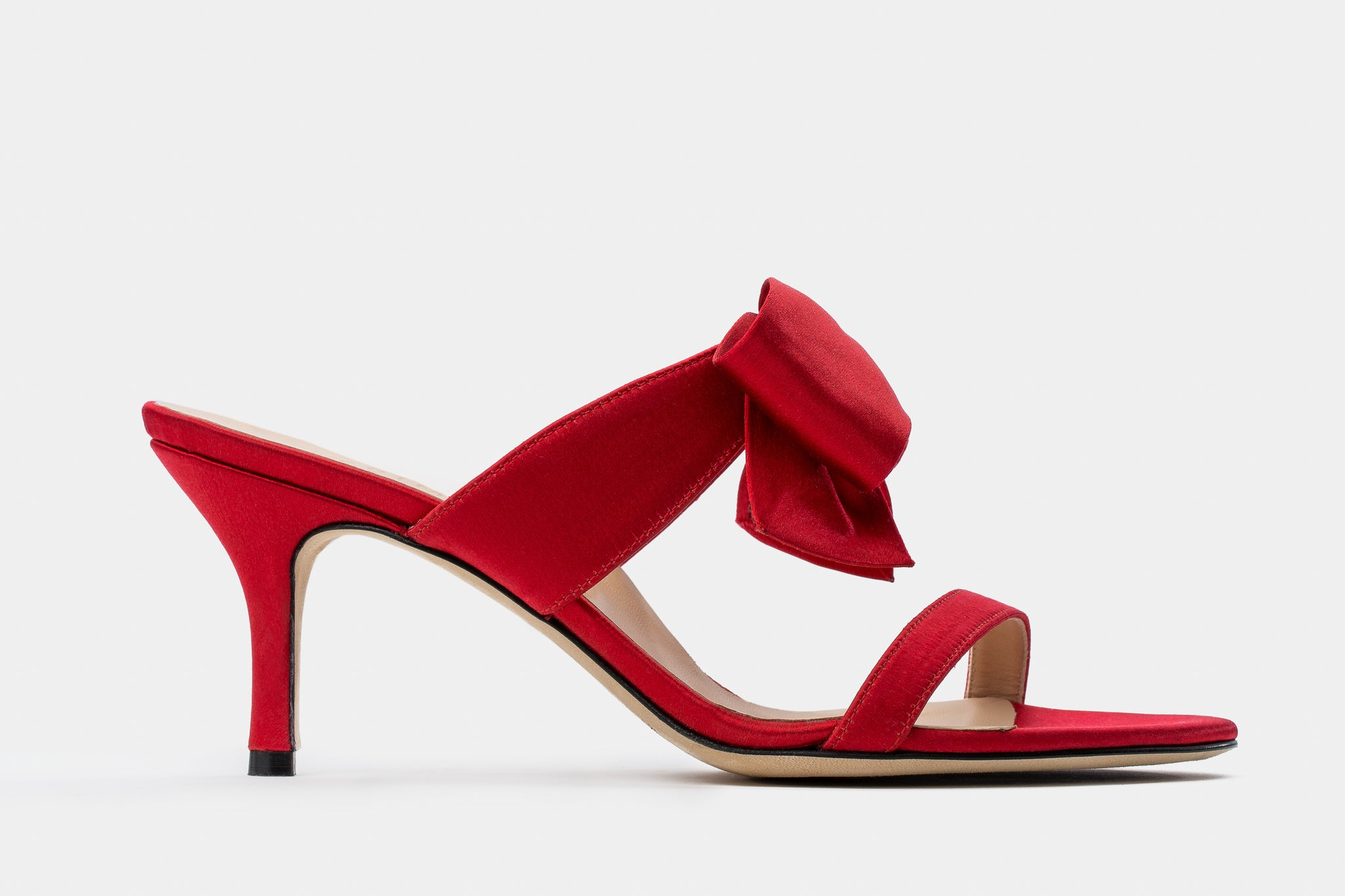 RED SILK ORIGAMI BOW HELEN SANDAL