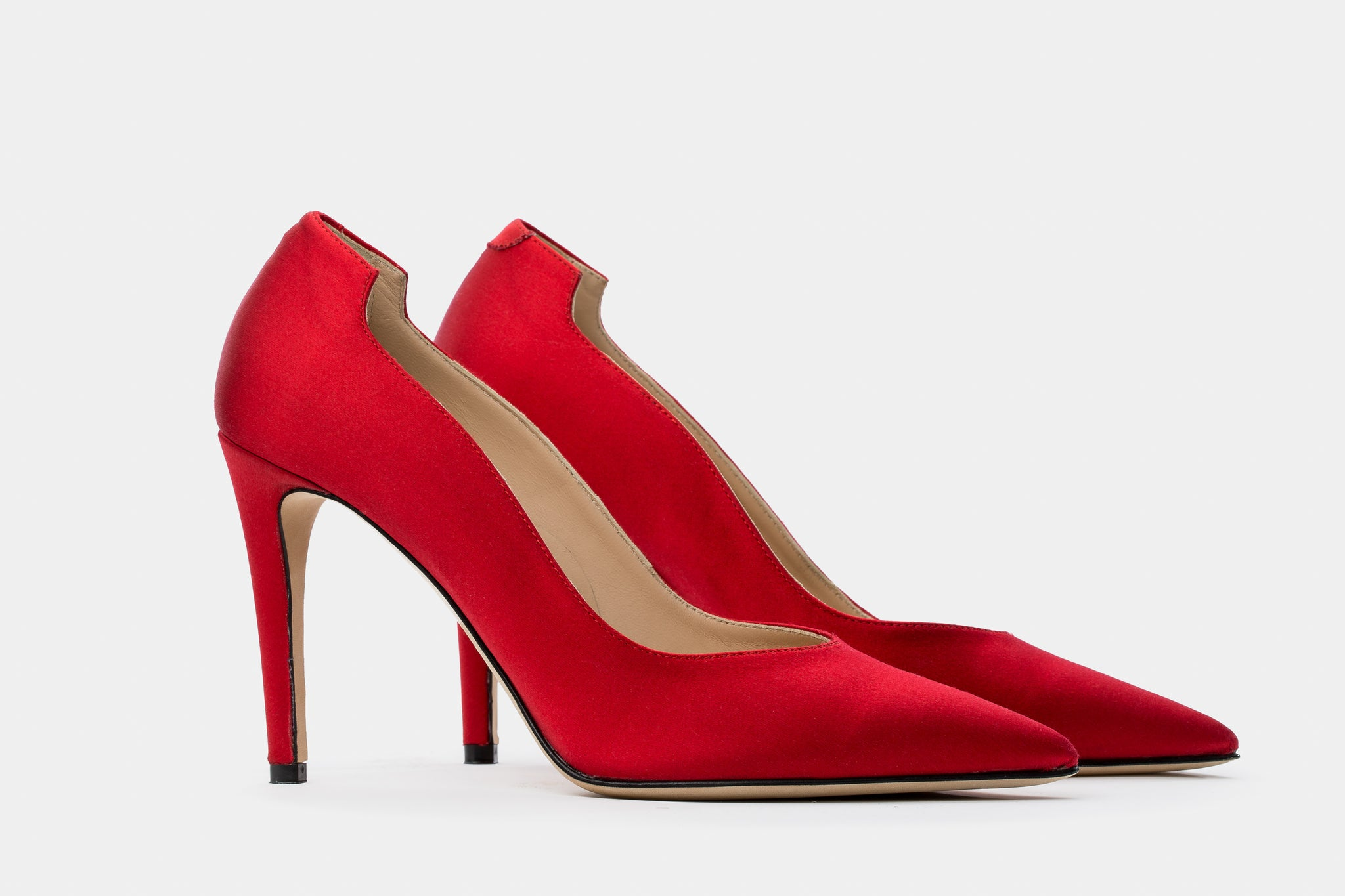 PURE-RED SILK LUCY PUMP