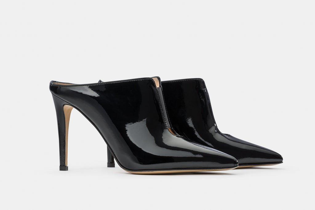 BLACK PATENT LEATHER TANIA MULE