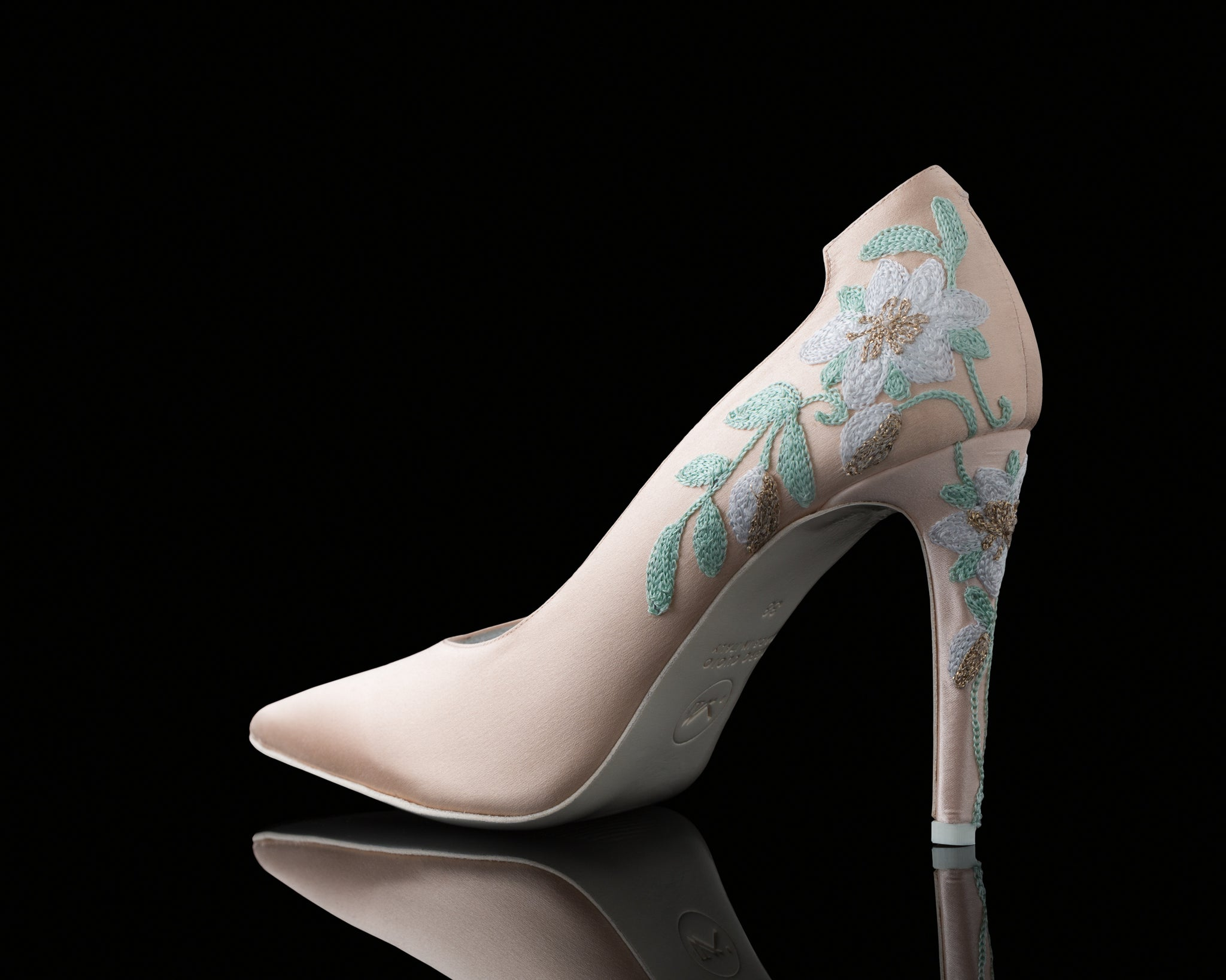 PARAGON EMBROIDERY LUCY PUMP