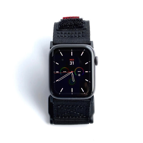 Pre-Owned - Apple Watch Series 4 • GPS / Space Grey / Aluminum / 44mm