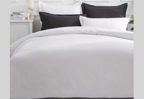 Single Size White Color Quilt Cover Set (2PCS)