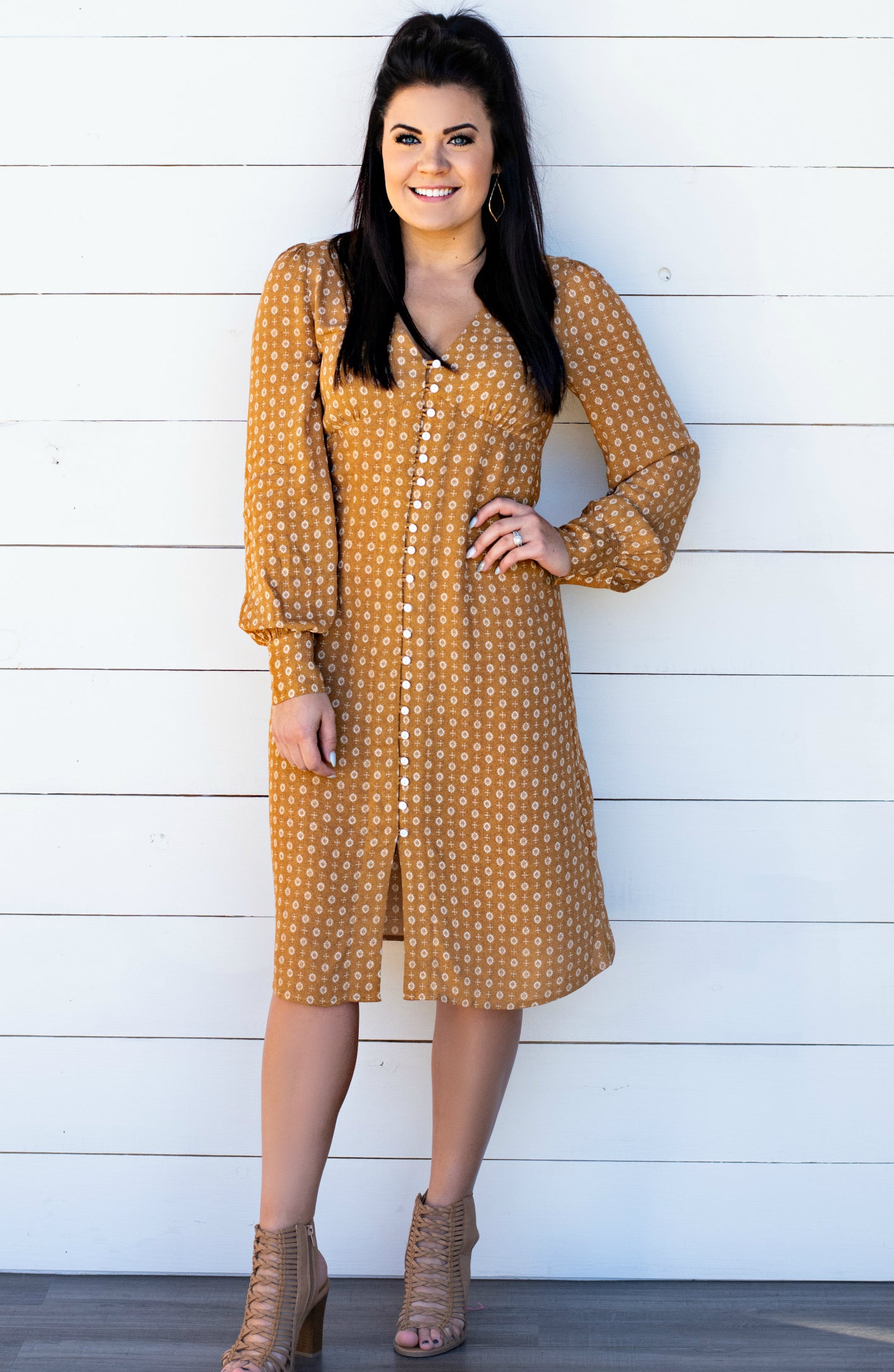 Judge By Their Spirit Detailed Long Sleeve Midi Dress