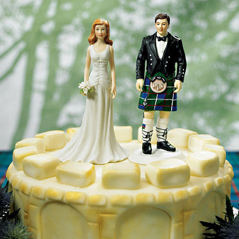 Scottish, heritage, traditional, Scottish attire,  kilt, sporran, Elegant Bride, fashionable, wedding gown, happy couple, figurine, ethnic, ethnicities, hand painted, porcelain, hand-painted, bride, wife, wedding reception, wedding, weddings, topper, Skin Color_Light, Ethnicity_Caucasian, mix and match, mix & match, groom, figurine, husband, couple, cake topper, Cake Accessories_Cake Toppers, cake