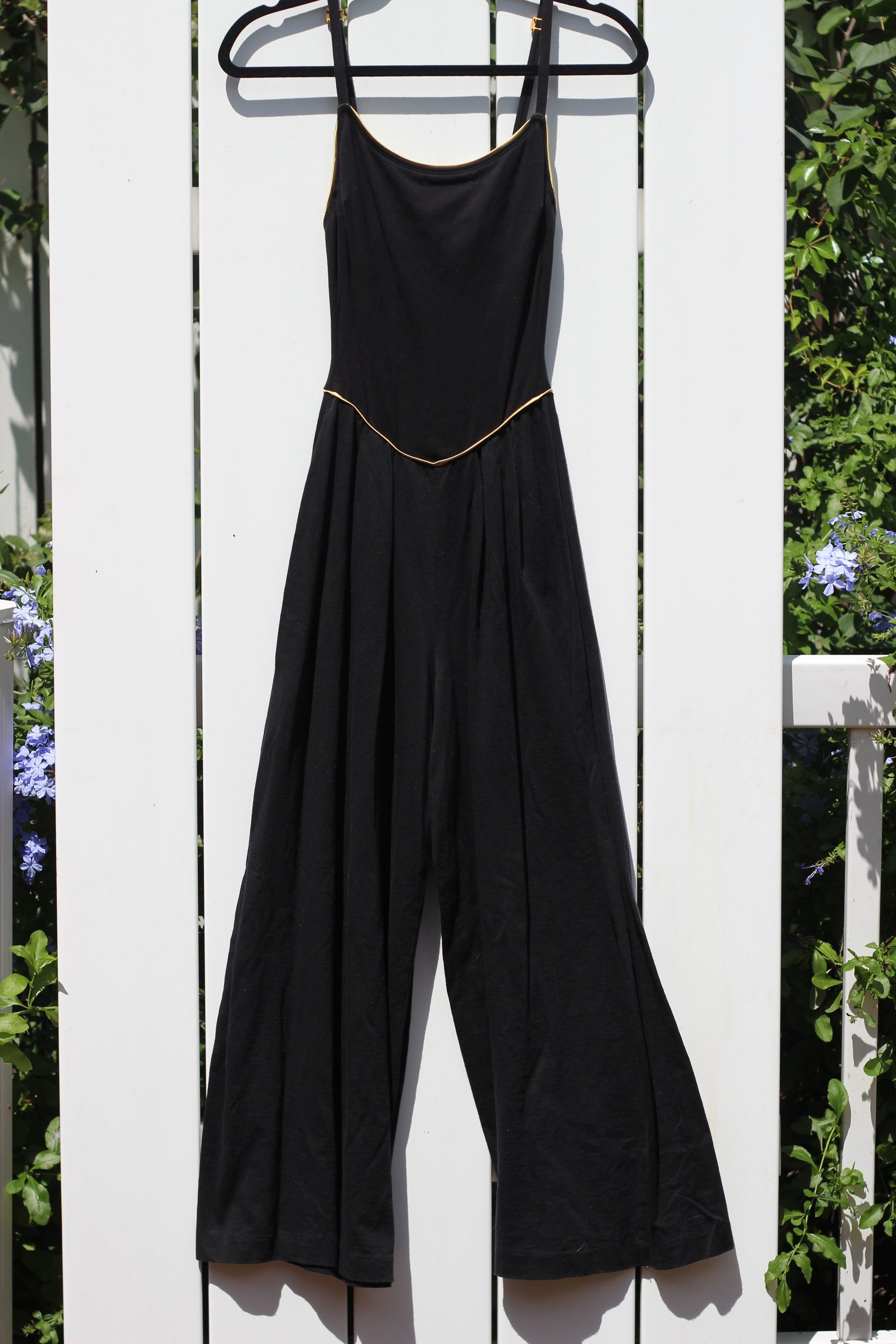 80s Vintage Black & Gold Jumpsuit (XS/S)