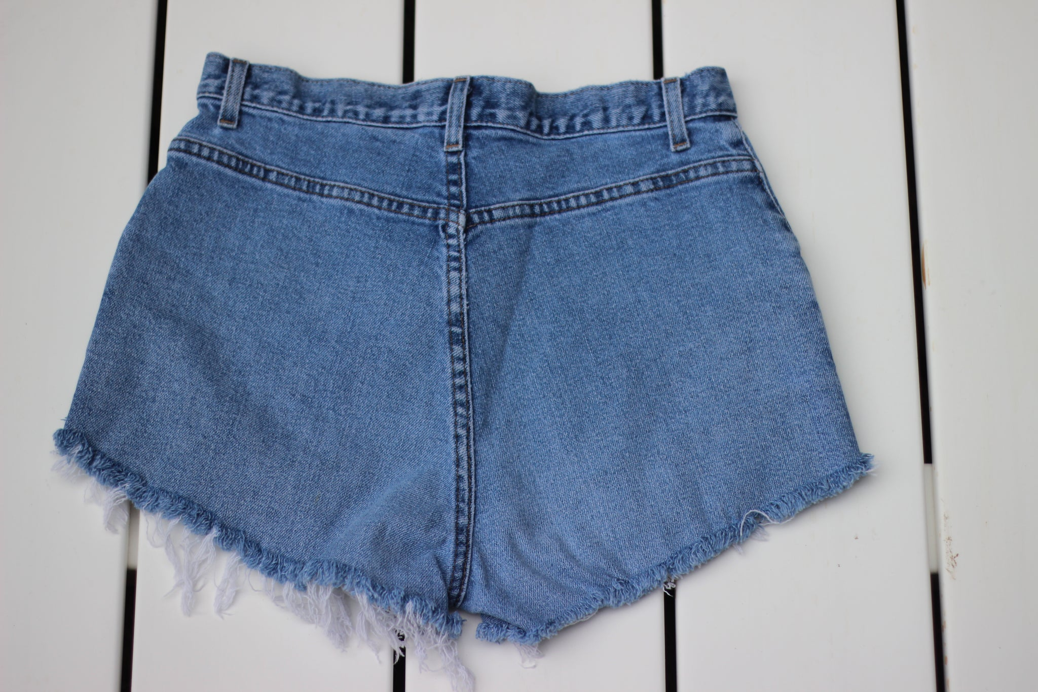 Vintage Cutoff Denim Jean Shorts (S/M)
