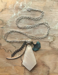 Ginkgo White Diamond Necklace