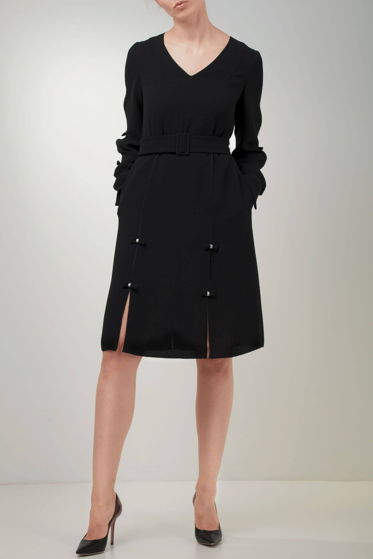 Outfit ideas for lawyers_black bow dress