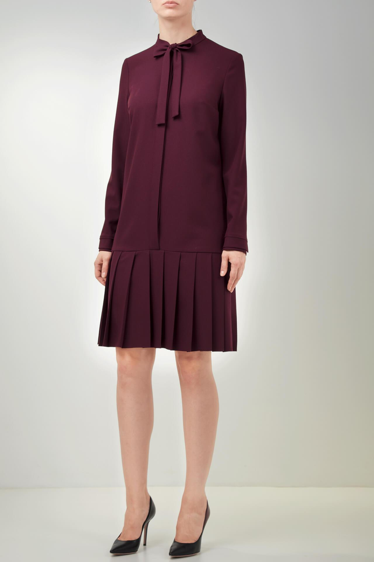 Outfit ideas for lawyers_burgundy dress