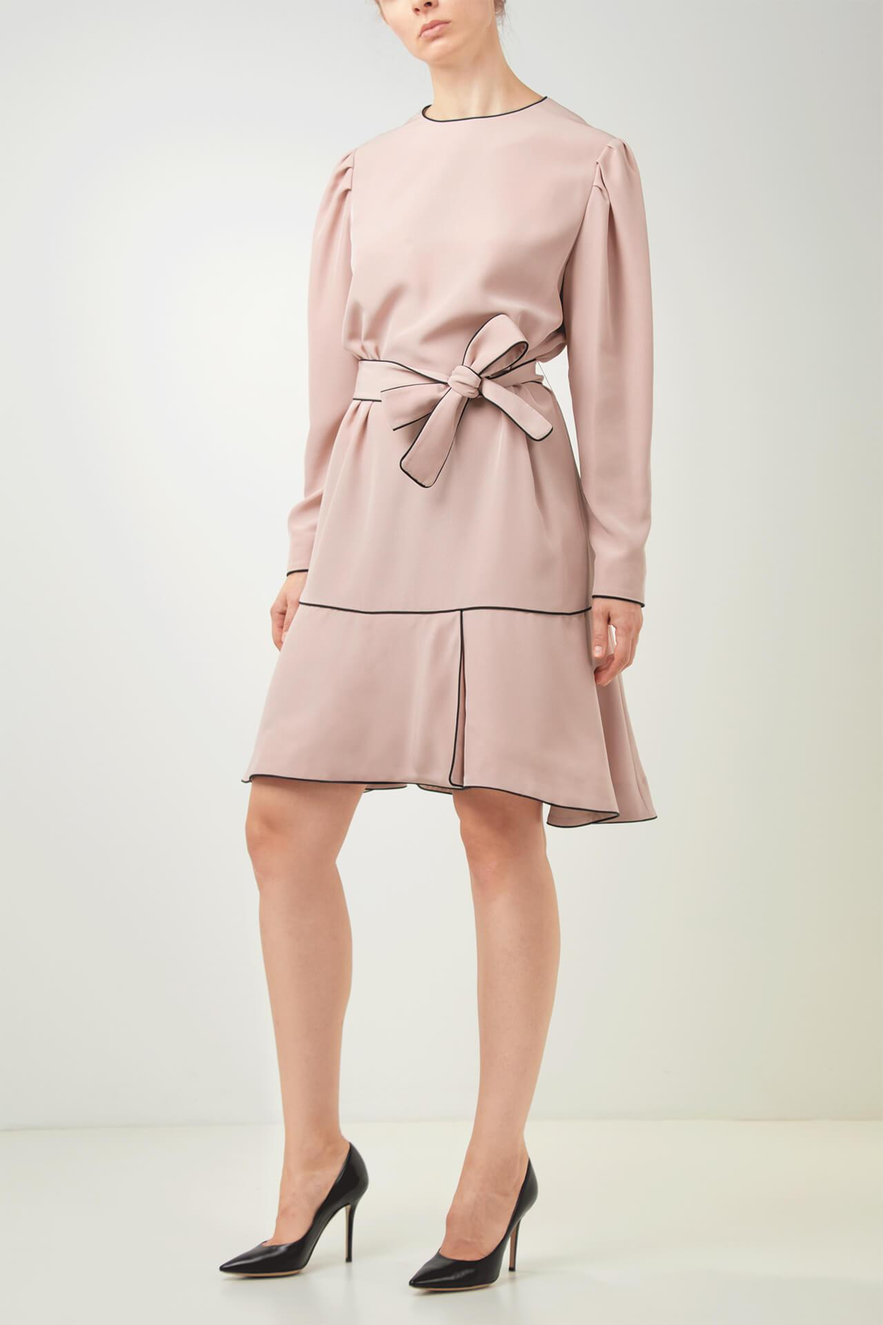 Outfit ideas for lawyers_pink dress