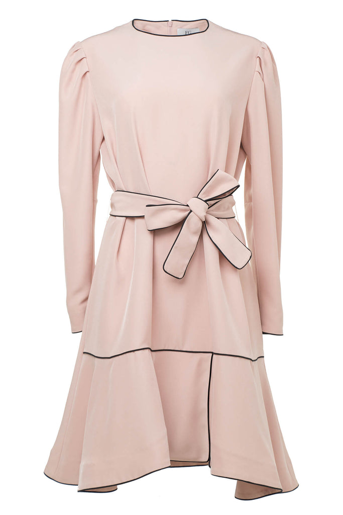 Light Pink Crepe Loose Silhouette Dress