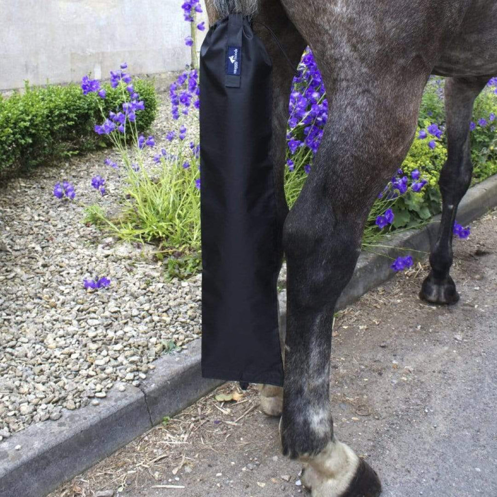 Snuggy Hoods Waterproof Horse Tail Bag - Keep tails in tip top condition during turn out and travelling