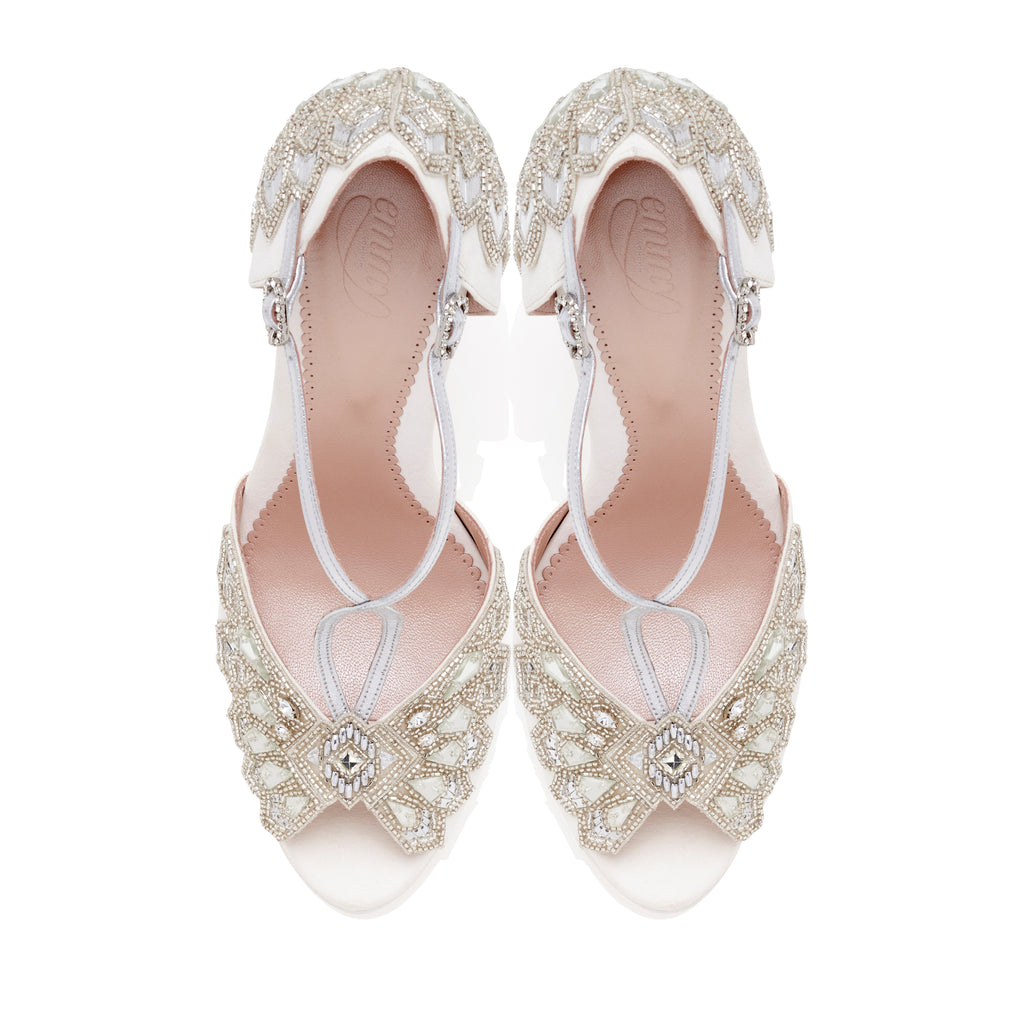 Victoria_Ivory_Bridal_Shoes_Emmy_London