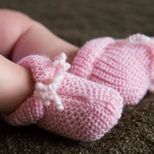 Pure Merino Newborn Booties – Pink Lace