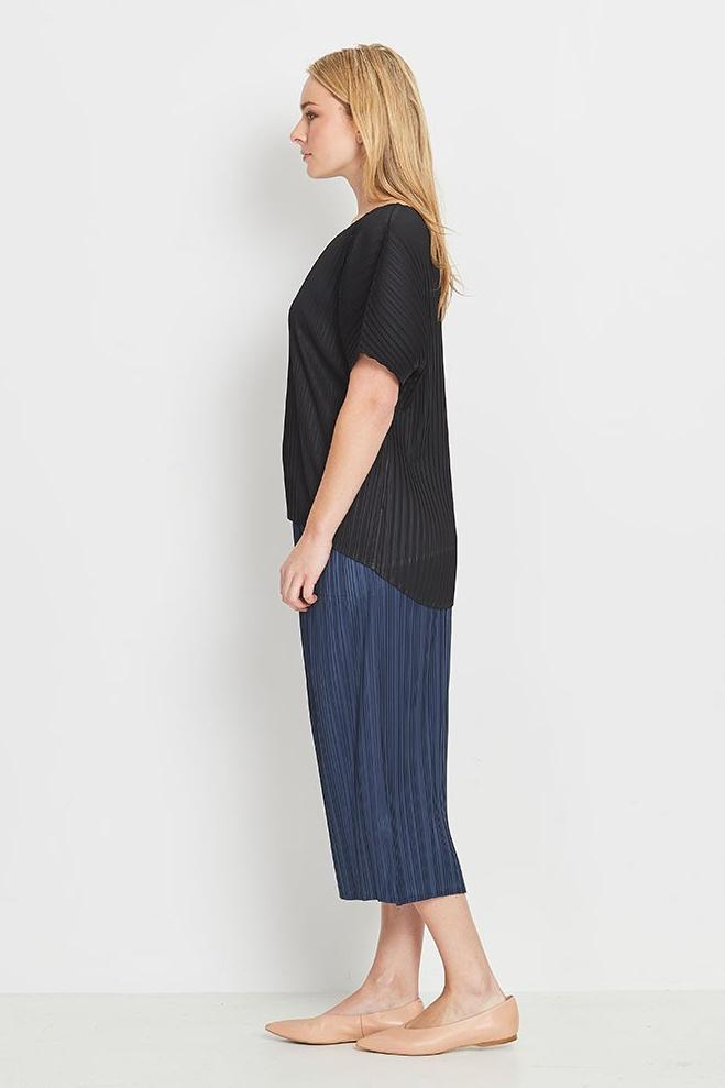 Lyrebird Hi-Lo Box Pleat Top - Black