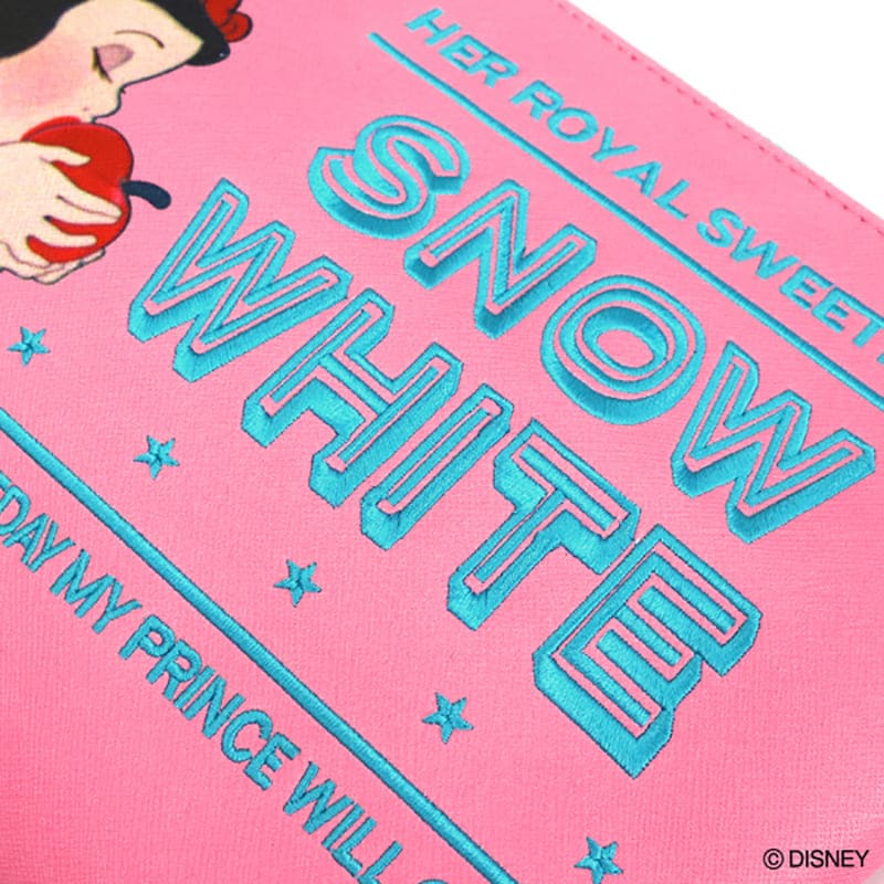 Snow White Pouch Moment ACCOMMODE Disney Store Japan