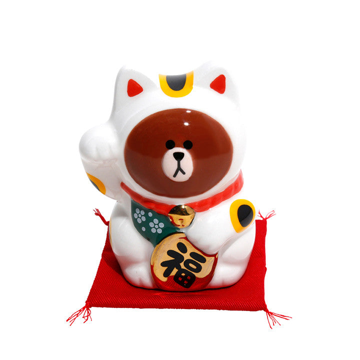 Brown Bear Japan Beckoning Cat Maneki Neko LINE FRIENDS Japan Right Hand