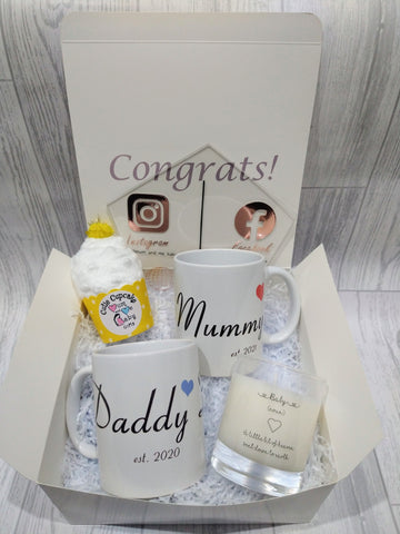 New Mum and Dad mug and candle set