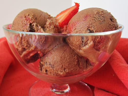 raw strawberry chocolate ice cream