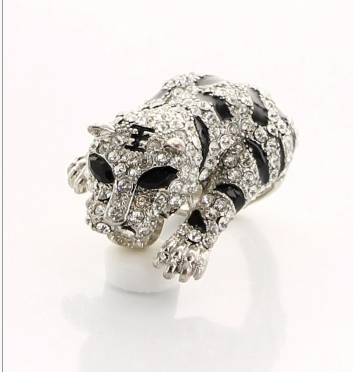 Tiger Body Ring