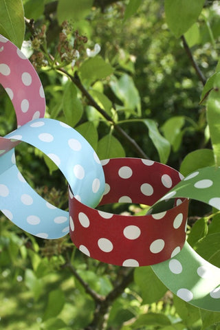 Polkadot Paper Chain - The Little Things