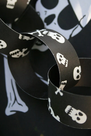 Skull Paper Chain Kit - The Little Things