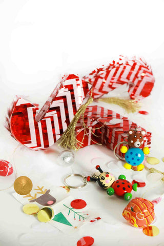 Pre-Filled Candy Cane Piñata Favor