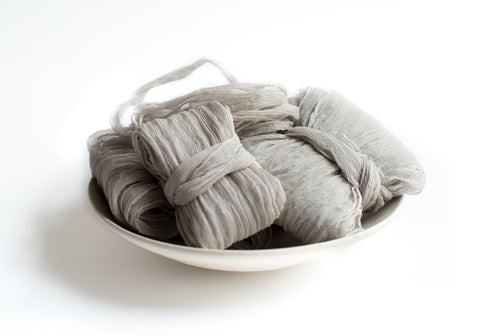 Gris Clair Crinkle Silk Ribbon