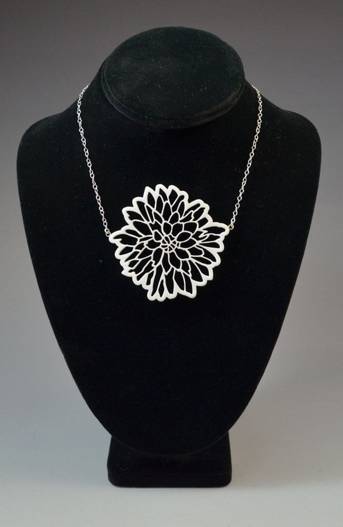Dahlia necklace