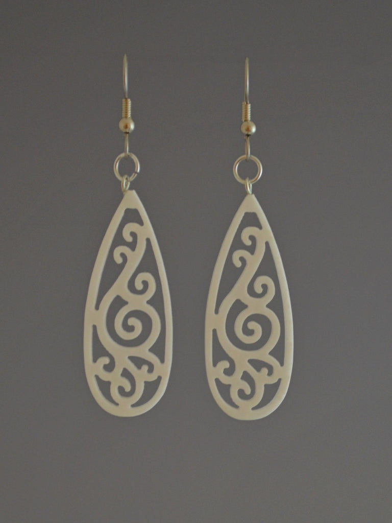 Filigree Drop Corian Earrings White