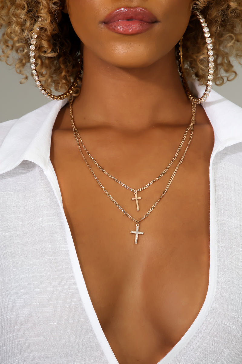 Cross Your Mind Necklace | GitiOnline
