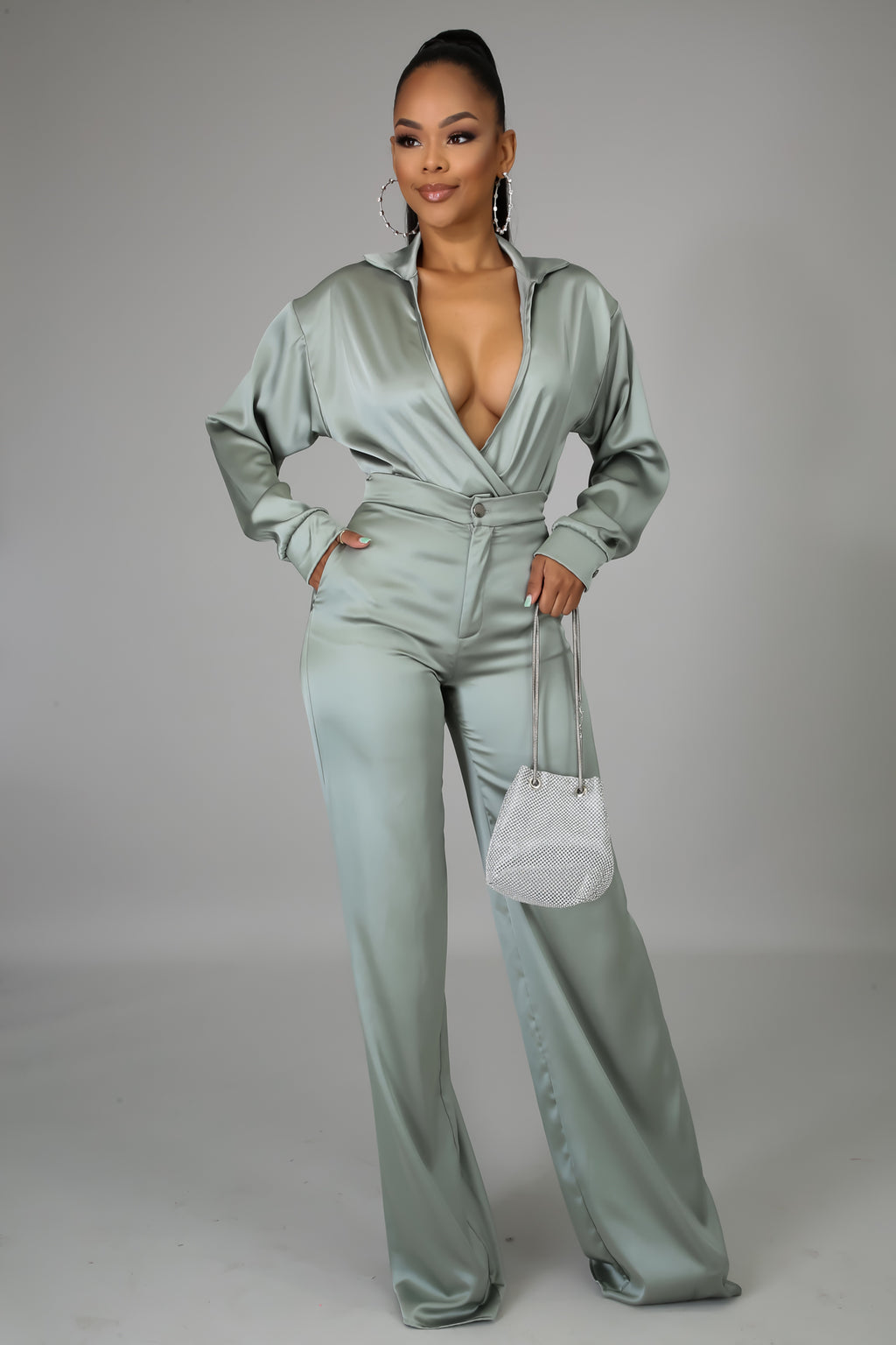 Satin Feels Set | GitiOnline