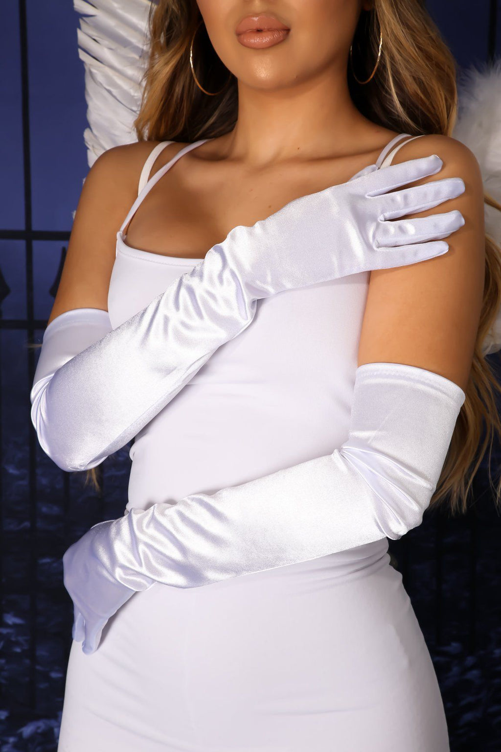 So Glam Satin Gloves