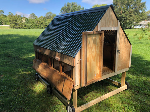 The Double Cape - Chicken Coop for 12+ hens