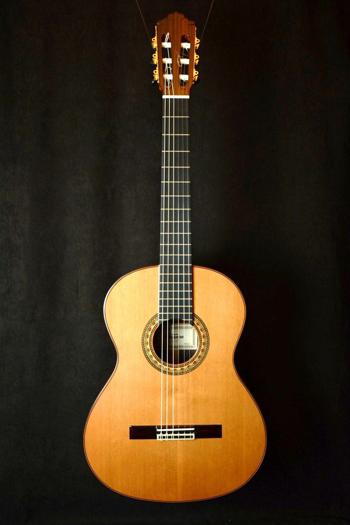 Almansa – USED - Slightly Classical Model 459  Solid Cedar Top, Ebony Reinforced Neck Concert Level