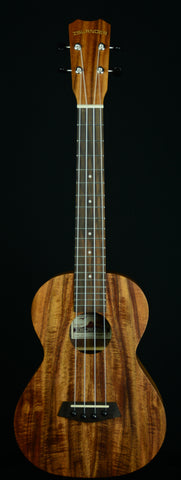 ISLANDER-TENOR ACACIA - AT-4 W /SPARE STRINGS, TUNER and HUMIDIFIER