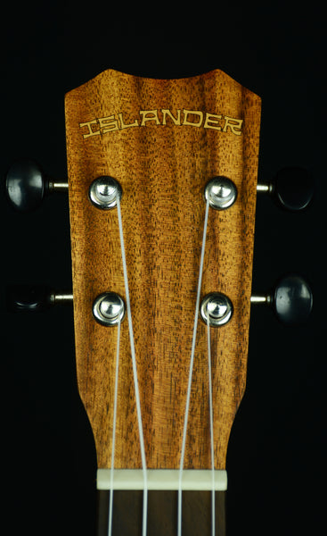 ISLANDER-CONCERT ACACIA - AC-4 W /SPARE STRINGS, TUNER and HUMIDIFIER